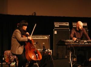 Okkyung Lee og Lasse Marhaug (foto: Pål Buset)