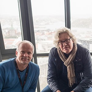 FORNØYDE: Helleik Kvinnesland (tv) og Per Hasse Andersen. Foto: Terje Mosnes.
