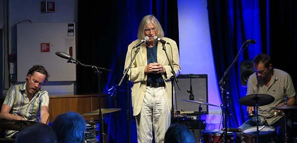 Fra venstre: Ståle Liavik Solberg, Jaap Blonk og Paal Nilssen-Love (foto: Tine Hvidsten/Konsertforeninga)