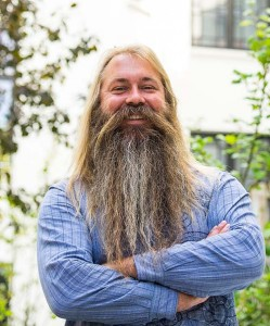 Trygve Seim - stort skjegg og interesse for sufismen er ikke ensbetydende med noen form for religiøs eller filosofisk overbevisning. Foto: Terje Mosnes