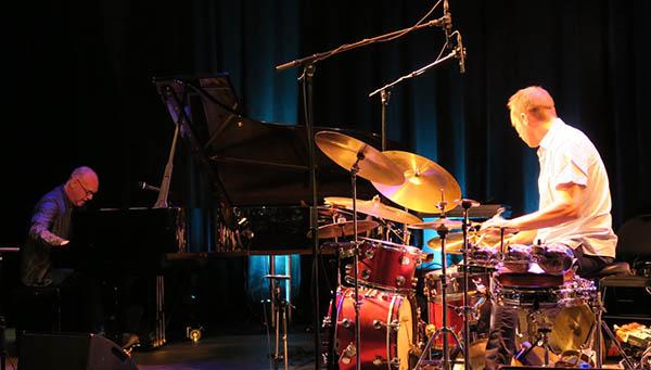 Pianist Sten Sandell og trommeslager Paal Nilssen Love (foto: Tine Hvidsten)