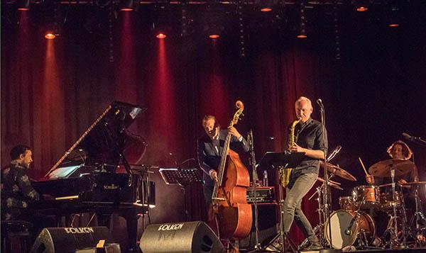 Petter Wettre Internasjonale Kvartett, fra venstre Jason Rebello, Daniel Franck, Petter Wettre og Dejan Terzic. (foto: Terje Mosnes)