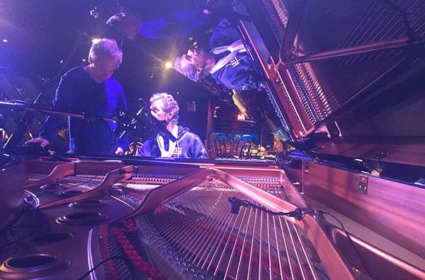 NEW YORK: Erlend Skomsvoll og Trondheim Jazzorkester ble invitert til å spille med Chick Corea på han 75-årsdagsfeiring på Blue Note i New York i fjor høst. (foto: Hildegunn Øiseth)