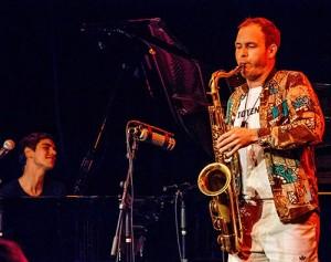 Pat Metheny og Jaga Jazzist – fullt kjør i røk & damp. Foto: Terje Mosnes