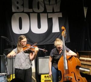 Vilde & Inga (foto: Tine Hvidsten/Blow Out!)