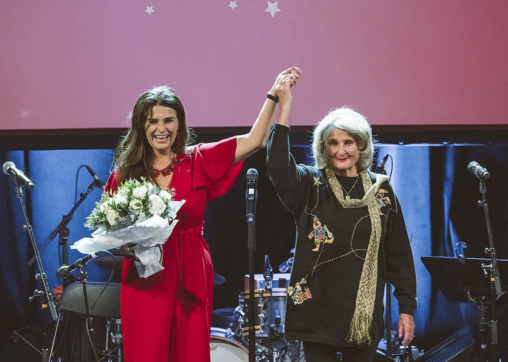 Styreleder i NOPA, Ingrid Kindem, og hedersprisvinner Karin Krog (foto: Christoffer Krook)