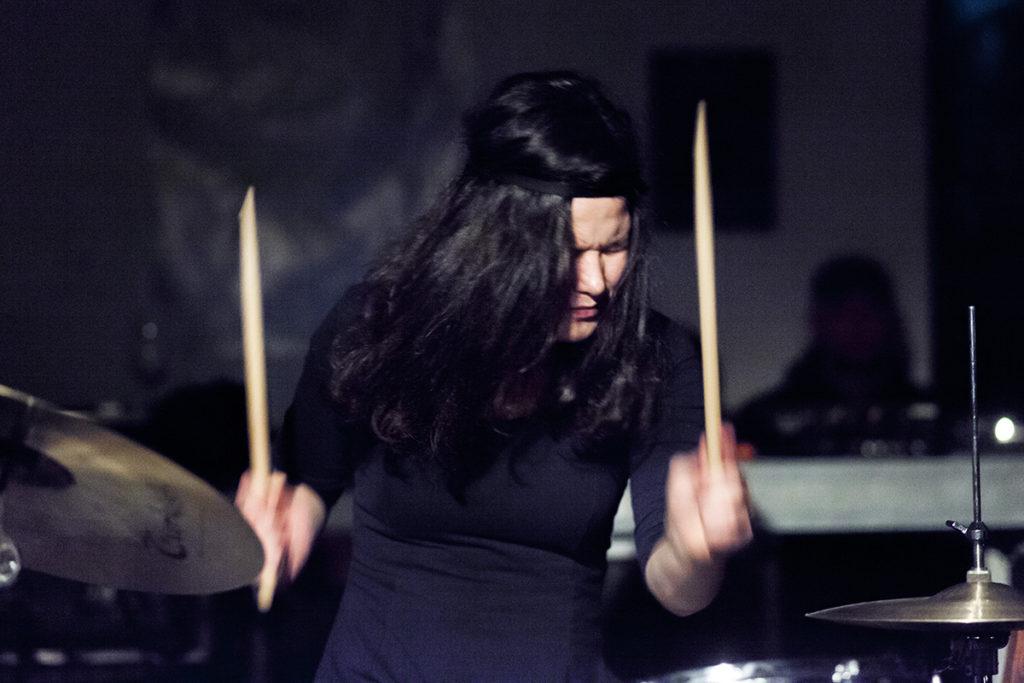 Michaela Antalová spiller et solosett på Motvindfestivalen, som går av stabelen neste uke på Victoria.  (pressefoto)