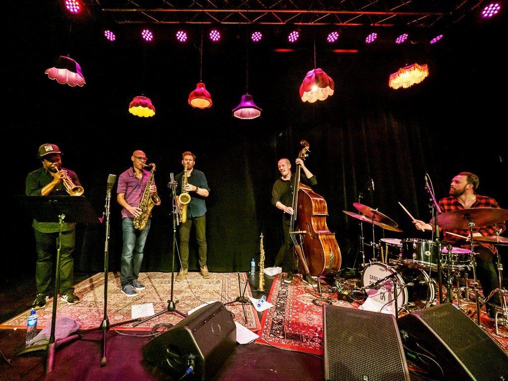 Gard Nilssens Acoustic Unity & Ambrose Akinmusire med overraskelsegjest Joshua Redman. Foto: Thor Egil Leirtrø/Moldejazz