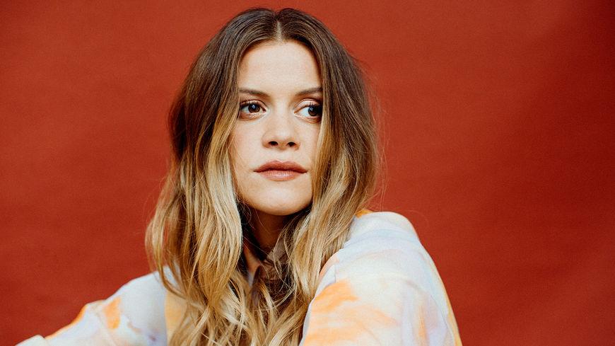 Helena Leinebø fra Stavanger har bakgrunn fra Norges musikkhøgskole. I disse dager fobereder hun sitt debutalbum som er ventet i 2020. Lørdag spiller hun på Jazzaid.  Foto: presse