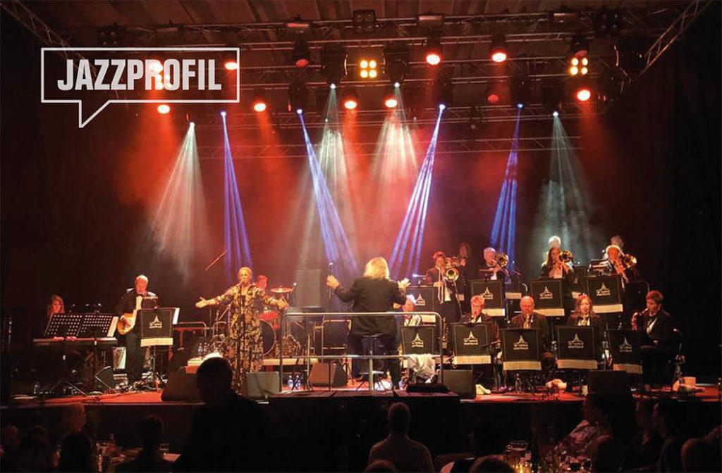 Vadsø Storband med vokalist Maria Haukaas Mittet under Varangerfestivalen 2018. Foto: Anna Rostrup