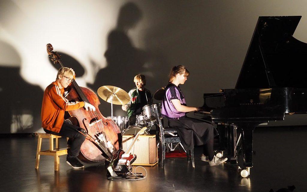 Moskus er ett av tre band valgt ut av årets AiR, John Zorn. Foto: presse