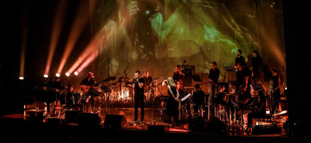 Oslo jazzensemble (tidl. Ensemble Denada) og Maria Schneider. Foto: Moldejazz/Thor-Egil Leirtrø