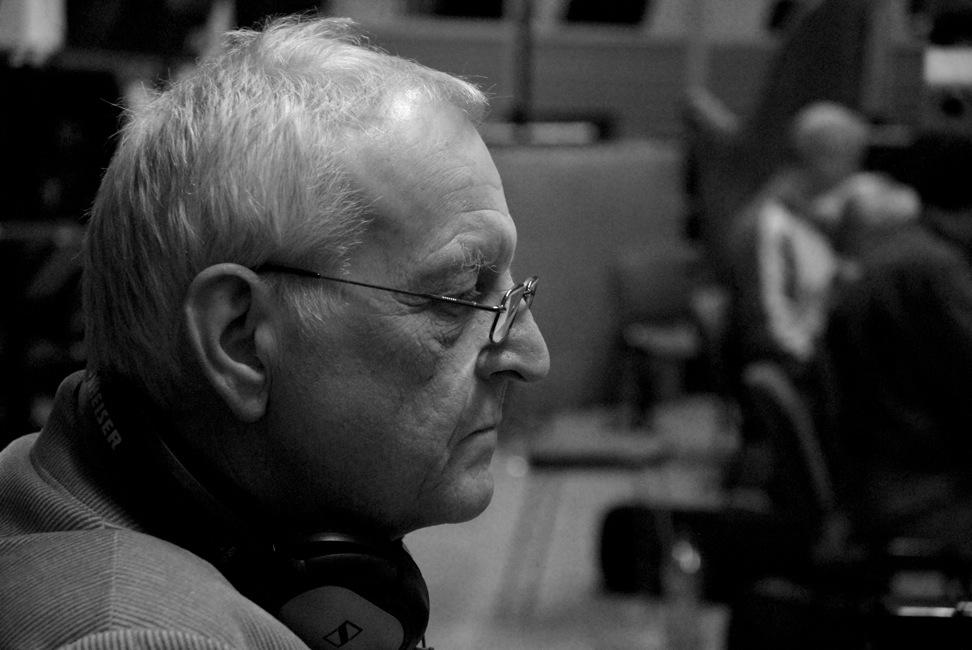 Egil Kapstad under innspilling med Hilde Hefte & The City of Prague Philharmonic Orchestra. Foto: Wikimedia Commons