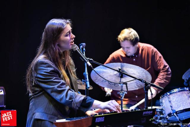 Sara Fjeldvær & Øyvind Leite. Foto: Arne Hauge/Jazzfest