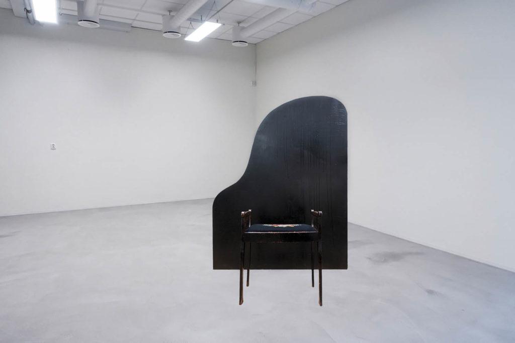 NTT følger opp våre pågående undersøkelser av pianoets indre liv med et intervju med kunstneren Yngvild K. Rolland som snart er aktuell med utstillingen Portrait of a Woman at the Piano på Lydgalleriet i Bergen. Cred: Yngvild K. Rolland/Lydgalleriet