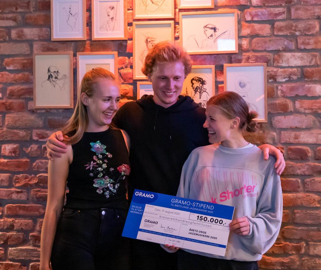Glad trio: Liv Andrea Hauge, Øystein Skjelstad Østensen og Veslemøy Narvesen. Foto: Matija Puzar/Oslo Jazzfestival