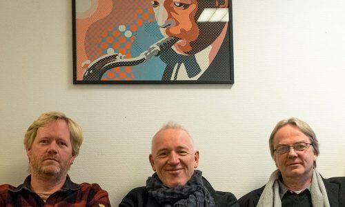 Petter Wettre med kunstnerisk og økonomisk eksperiment