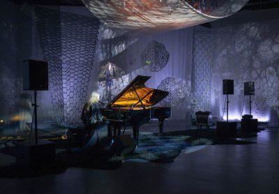 Baudelaire og piano med nogo attåt