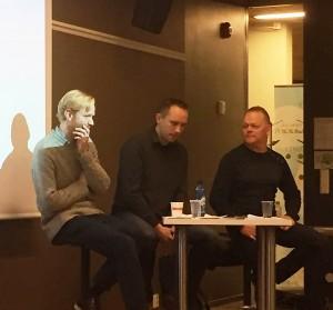 I samtale om det internasjonale markedet, fra venstre: fagansvarlig i Norsk jazzforum, Øyvind Skjerven Larsen, musikere Paal Nilssen-Love og Karl Seglem.